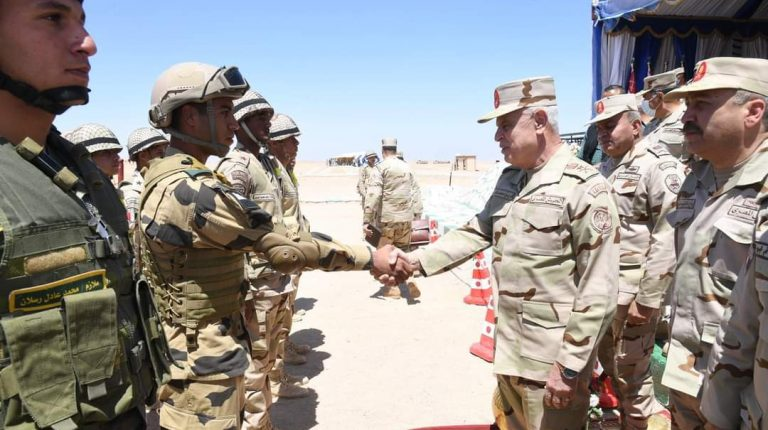 Egypt's Chief of Staff attends 'Al-Fateh-202' training by Southern Military Region