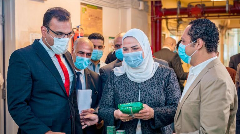 Social Solidarity Minister attends Egyptian Food Bank ceremony as part of 'Iftar Saem' Campaign