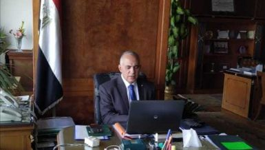 Egypt's Nile revenue committee discusses water resources management during peak demand