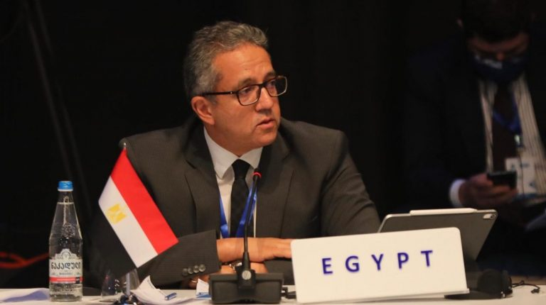 Egypt to soon complete COVID-19 vaccination of tourism workers in Red Sea, South Sinai
