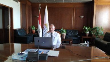 Egypt's Water Resources Minister reviews water situation during maximum water needs period