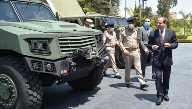 Egypt's Al-Sisi meets army leaders, checks out locally made armoured vehicles