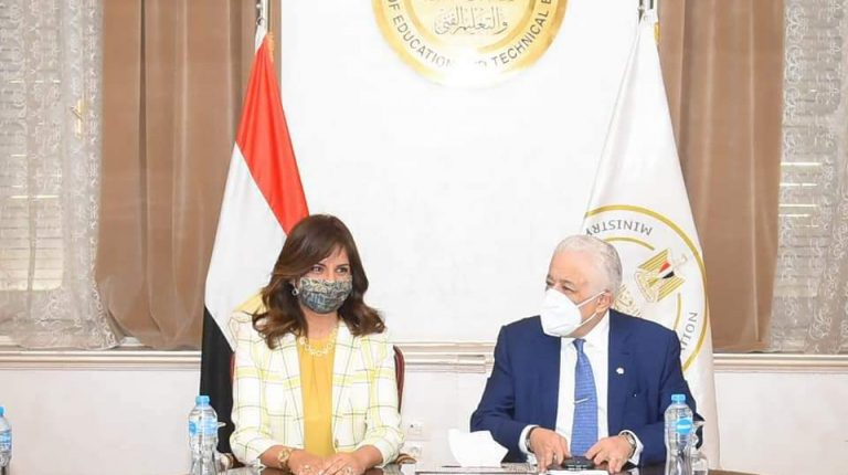 Egyptian school curricula will be available to expatriates under 'Speak Arabic' initiative