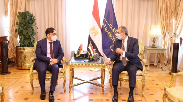 Egypt, Libya discuss enhanced cooperation in ICT, postal services