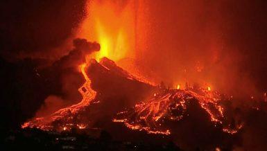 volcano erupts on Spain's La Palma island